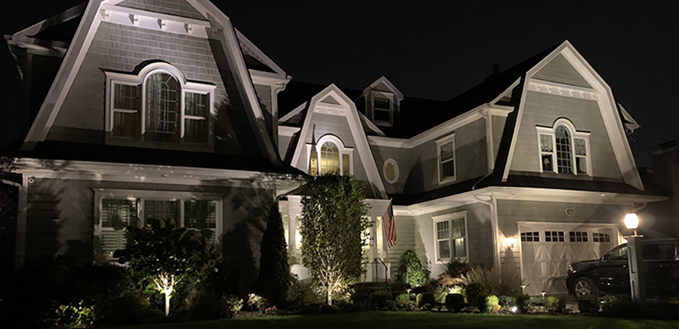 Landscape Lighting - Nassau County Landscapers - Nature's Choice Landscaping, Inc,.